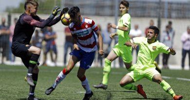 EL GCF JUVENIL A EMPATE ANTE EL FCB, 2-2.