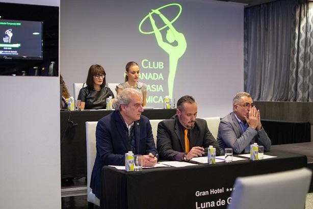 PUESTA DE LARGO DEL CLUB GRANADA GIMNASIA RÍTMICA EN LA PRESENTACIÓN  DE LA NUEVA TEMPORADA.